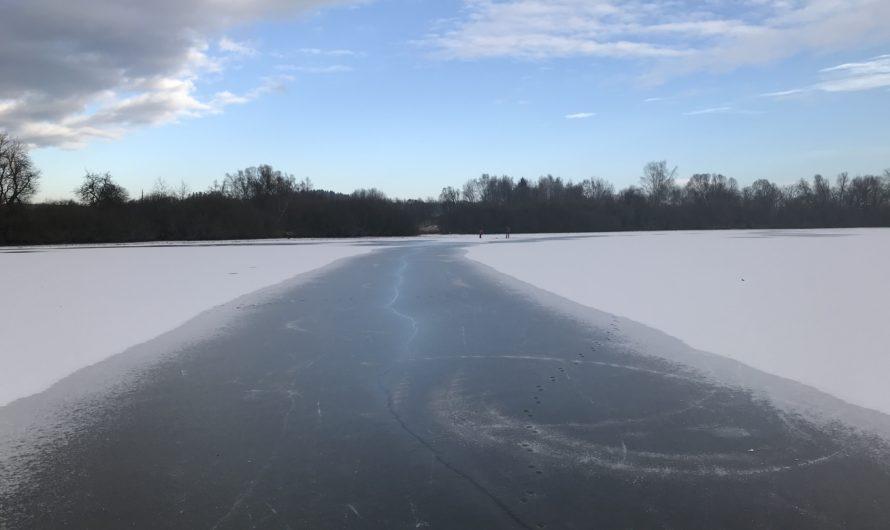 Zamrzlé rybníky západočeské vysočiny